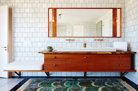 Old Montauk Highway House: modern Bathroom by SA-DA Architecture