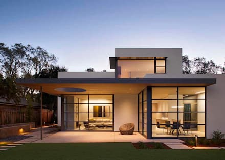 The Lantern House: modern Houses by Feldman Architecture