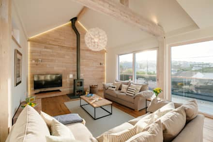 Treasure House Rustic Living Room By Perfect Stays