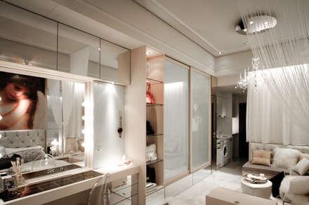 Closets de estilo  por 璞碩室內裝修設計工程有限公司