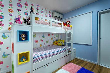 ห้องนอนเด็ก by Milla Holtz Arquitetura