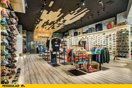Moodular - Xtreme Coimbra: Centros comerciais  por MOODULAR