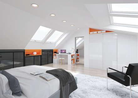 aménagement sous pente: Chambre de style de style Moderne par MKL