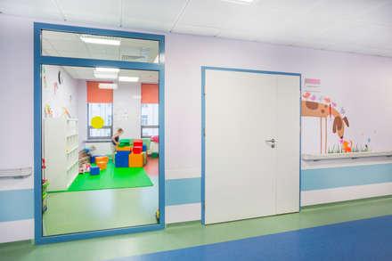 Оформление стен детского эндокринологического центра . Коридор. Игровая: Больницы в . Автор – 33dodo