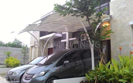 Tenda membrane garasi mobil:  Teras by Braja Awning