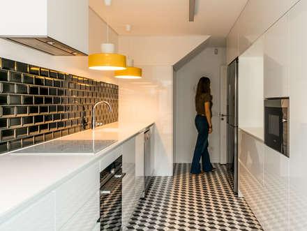 Cozinha: Cozinhas modernas por Franca Arquitectura