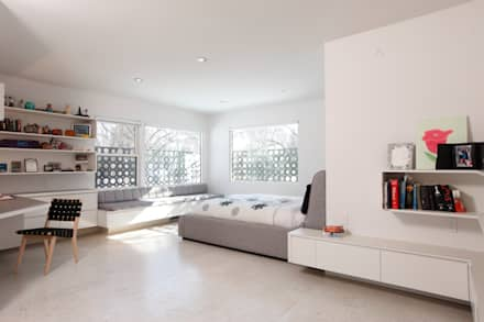 ZT Residence Interiors : modern Bedroom by Unit 7 Architecture