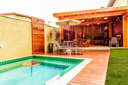 tropical Houses by Bianca Ferreira Arquitetura e Interiores