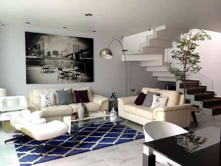 Privada Paraíso: Salas de estilo minimalista por Base-Arquitectura