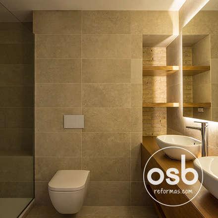 Baño principal: Baños de estilo rústico de osb reformas