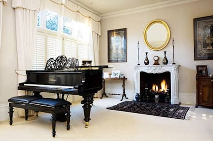 Living Room Shutters: classic Living room by Plantation Shutters Ltd