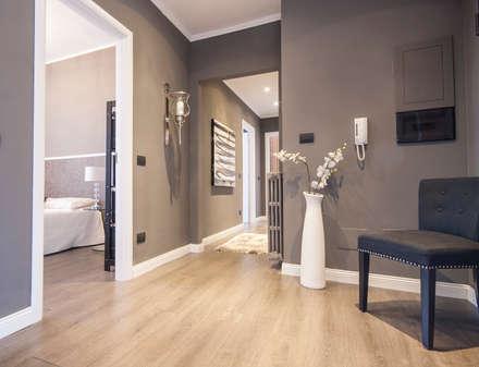 Ingresso e corridoio idee immagini e decorazione homify for Ingresso casa classica
