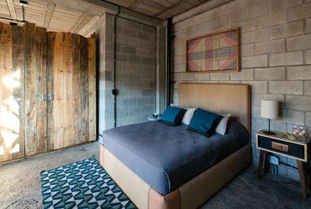 Phòng ngủ by MORADA CUATRO