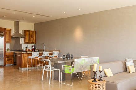 VENEROS: Comedores de estilo moderno por MORADA CUATRO