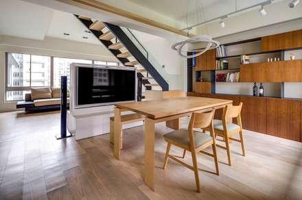 غرفة السفرة تنفيذ 唯創空間設計公司