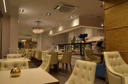 Restaurantes de estilo  por Traço M - Arquitectura