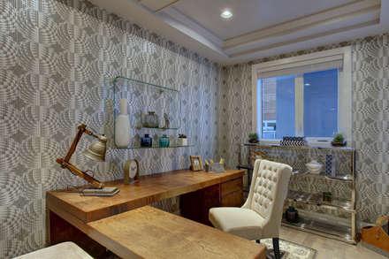 57 Paintbrush Park: modern Study/office by Sonata Design