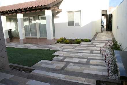 حديقة تنفيذ Daniel Teyechea, Arquitectura & Construccion