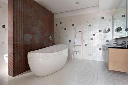 ห้องน้ำ by 光島室內設計