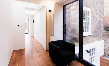 Extension & House Renovation SW18 - London: modern Corridor, hallway & stairs by Diamond Constructions Ltd