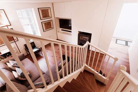 Extension & House Renovation SW18 - London: modern Corridor, hallway & stairs by Diamond Constructions Ltd