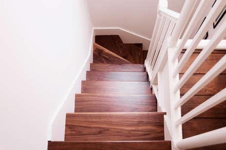 Extension & House Renovation SW18 - London:  Corridor & hallway by Diamond Constructions Ltd