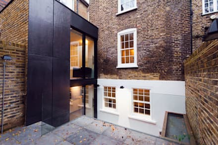Extension & House Renovation SW18 - London: modern Houses by Diamond Constructions Ltd