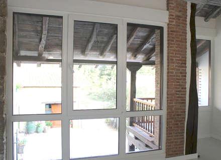 Dormitorios de estilo rústico por Arquitectura Minorista - servicios de arquitectura al por menor