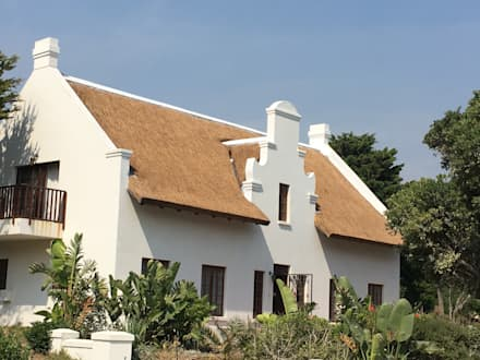 colonial Houses by Cintsa Thatching & Roofing