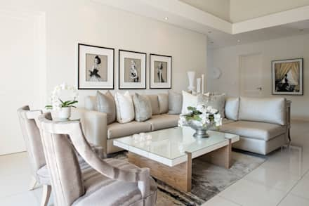 Living Room: modern Living room by Tru Interiors
