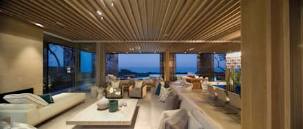 La Lucia: eclectic Living room by ARRCC