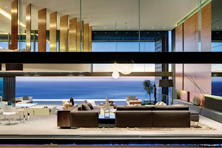 Nettleton 199: eclectic Living room by ARRCC