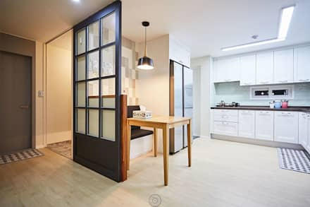 #늘 집에 머물고 싶게 만드는. .34평 리모델링 리뷰 : 제이앤예림design의  주방