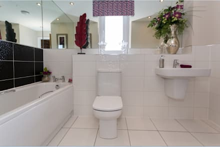 New Year - New Home Decor Ideas.........: modern Bathroom by Graeme Fuller Design Ltd