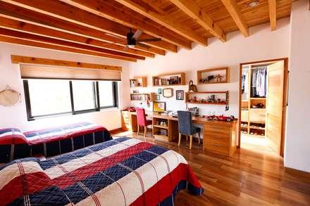 ห้องนอน by Arquitectura MAS