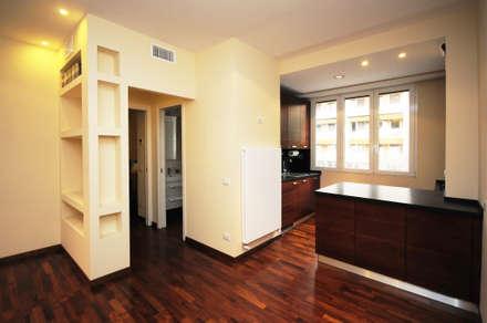 Ristrutturazione appartamento 60 mq.: Soggiorno in stile in stile Moderno di Fabiola Ferrarello architetto