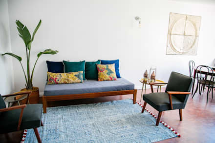 LITTLE MS DYNAMITE AND THE URBAN GEM: eclectic Living room by Lei Lester Design