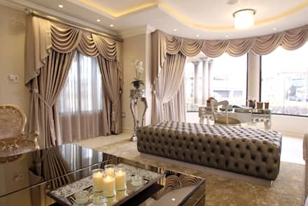 Formal Lounge: classic Living room by Tru Interiors