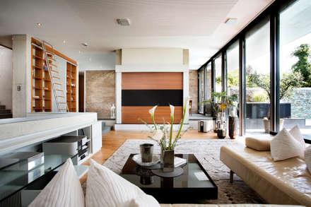 wohnzimmer einrichtung design inspiration und bilder homify. Black Bedroom Furniture Sets. Home Design Ideas
