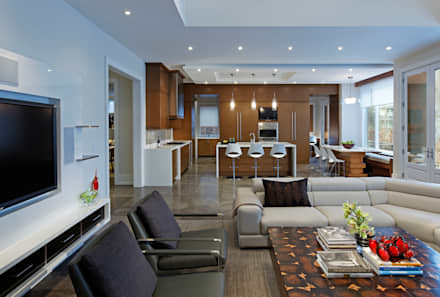 Family Room & Kitchen: modern Living room by Douglas Design Studio