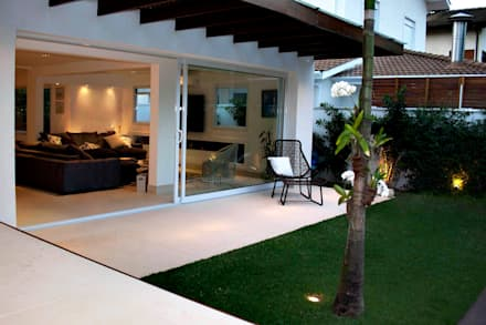 Kolam Renang by RAWI Arquitetura + Interiores