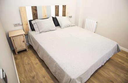 Dormitorios: Dormitorios de estilo moderno de Grupo Inventia