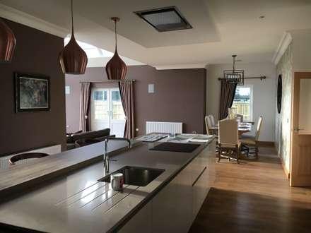 Plot 2 Durward Gardens, Kincardine O'neil, Aberdeenshire: modern Kitchen by Roundhouse Architecture Ltd