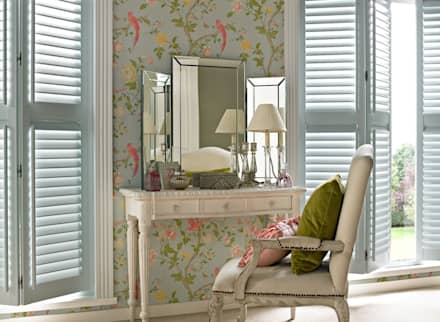 Guide & Glide Window Shutters: classic Dressing room by Thomas Sanderson