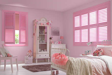 Options Shutter Blinds: classic Nursery/kid's room by Thomas Sanderson