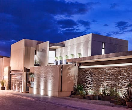 : Casas de estilo moderno por Loyola Arquitectos