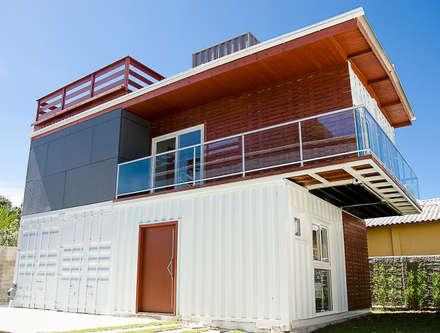 : minimalistic Houses by GhiorziTavares Arquitetura