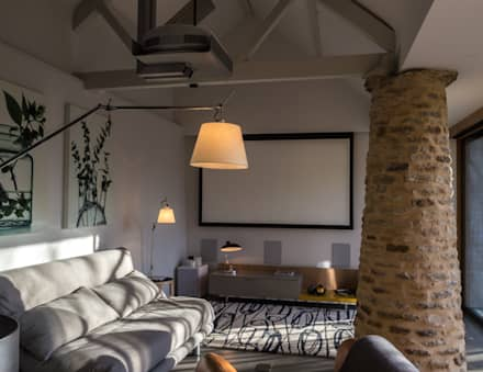 West Farm Cottage, Oxfordshire: rustic Media room by Hayward Smart Architects Ltd