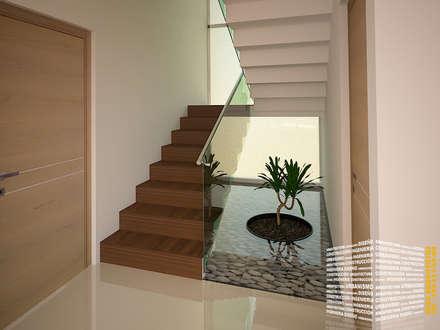 ESCALERA CON ESPEJO DE AGUA: Pasillo, hall y escaleras de estilo  por HHRG ARQUITECTOS