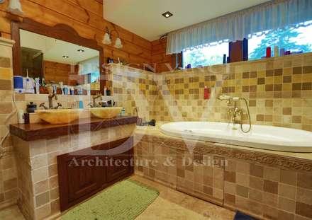 Villa Toscana in Moscow: Ванные комнаты в . Автор – Design Vinci